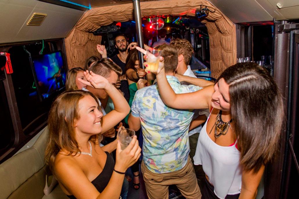 partyfotok partybuszon