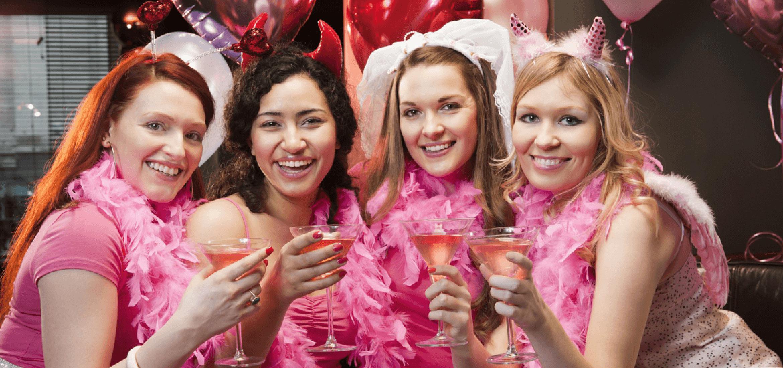 Partybusz bérlés, a legegyedibb lánybúcsú ötlet amit a menyasszonynak ajándékozhattok.