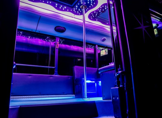 Neoplan partybusz belso kep_1