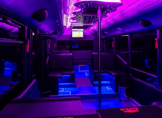 Neoplan partybusz belso kep_2
