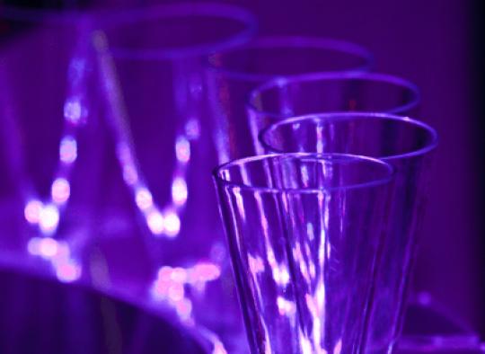 Elegáns üveg hatású poharak